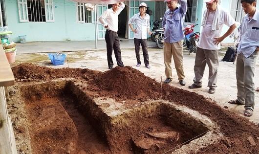 Bí ẩn lăng mộ vua Quang Trung: Phát hiện dấu tích nghi là nền móng tường thành