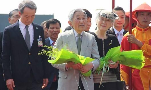 Ngày 'bận rộn' của Nhật hoàng Akihito và Hoàng hậu