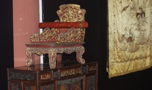 Chiêm ngưỡng vàng son, gấm vóc thời Nguyễn