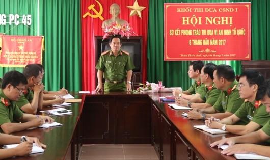 Đại tá Đặng Ngọc Sơn, Phó giám đốc Công an tỉnh Thừa Thiên Huế họp Ban chuyên án