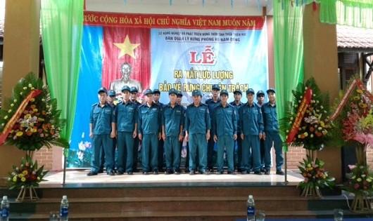 Các thành viên lực lượng bảo vệ rừng tại buổi ra mắt