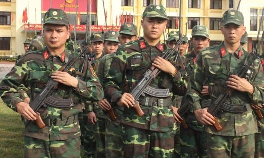 Lực lượng vũ trang tỉnh Thừa Thiên Huế tổ chức lễ ra quân huấn luyện năm 2018 tại 11 điểm.