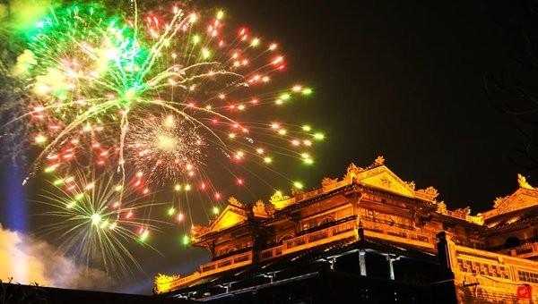Thừa Thiên Huế bắn 1.500 quả pháo hoa dịp Tết Kỷ Hợi