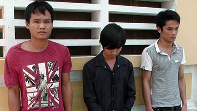 Các đối tượng Nguyễn Văn Ly, Lê Văn Thắm và Trưởng Quốc Vương tại cơ quan điều tra