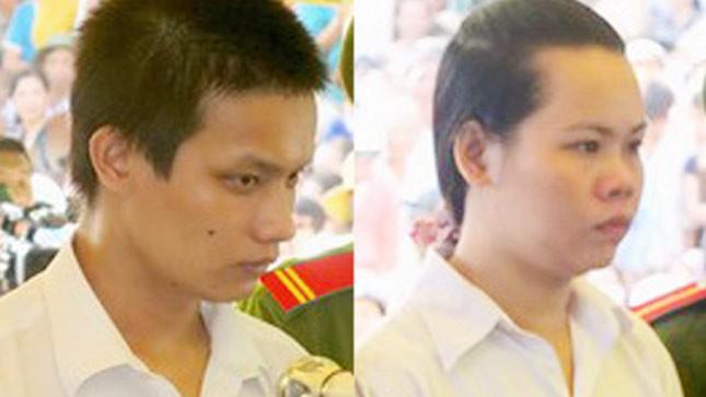 Phong và Thắm thừa nhận tội lỗi. Ảnh: Đ.X.