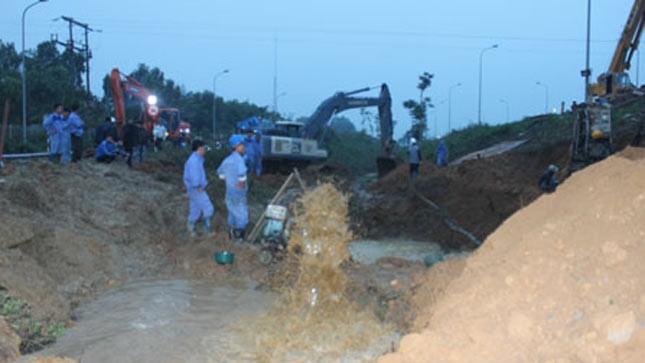 Sự cố vỡ đường ống nước sạch sông Đà lần thứ 3, xảy ra vào tháng 11/2013