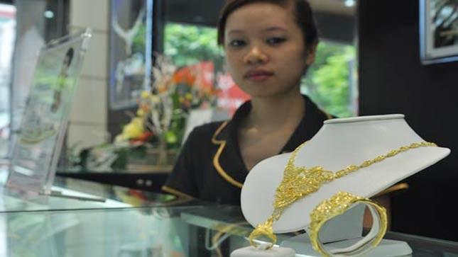 Nữ trang vàng đang bán khá chạy khi cận ngày Quốc tế Phụ nữ. Ảnh: Anh Quân