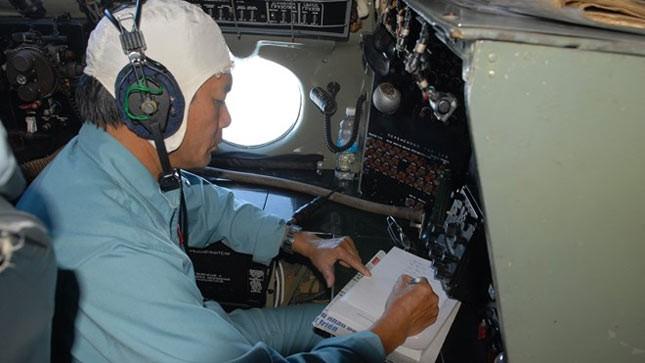 Lực lượng cứu hộ của Việt Nam đang dò tìm tung tích trên biển chiếc máy bay của Hãng hàng không Malaysia bị mất tích. (Ảnh: Mạnh Linh/TTXVN)