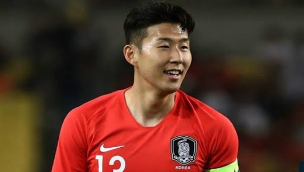 Ngôi sao bóng đá Son Heung Min lặng lẽ nhập ngũ