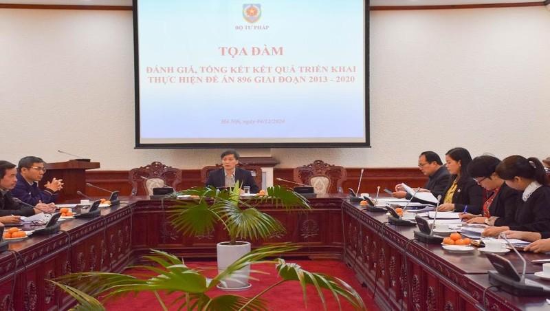 Tiếp tục phối hợp hoàn thiện thể chế và tổ chức thi hành pháp luật trong lĩnh vực hộ tịch, dân cư