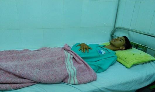 Luyện đang được điều trị tại Bệnh viện Đa khoa tỉnh Quảng Trị