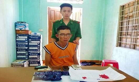 Đối tượng Khánh cùng số ma túy bị bắt giữ