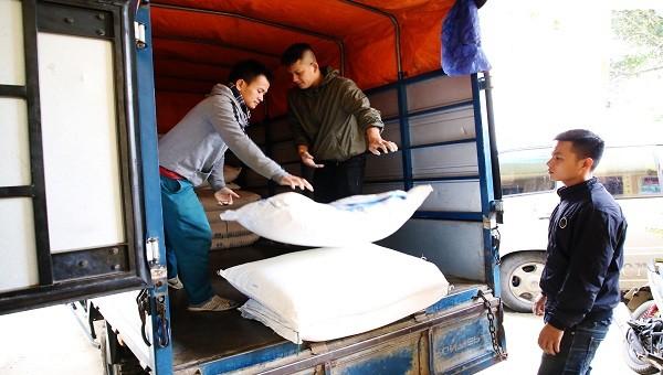 Chặn bắt hàng chục tấn đường nhập lậu ở vùng biên Quảng Trị
