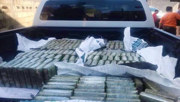 Chặn đứng hơn 2 tạ cần sa và 120.000 viên ma túy chuẩn bị tuồn vào Việt Nam