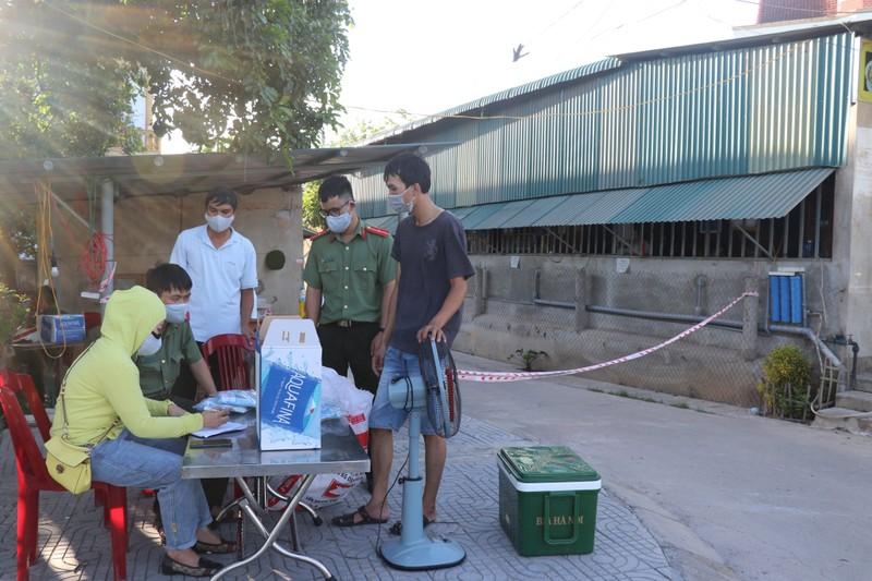 Tỉnh Quảng Trị hiện đã cách ly 7 địa điểm tại các huyện Vĩnh Linh, Gio Linh và TP Đông Hà vì xuất hiện các ca mắc Covid-19 trong cộng đồng