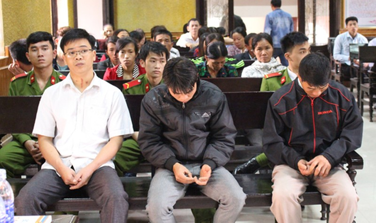 3 bị cáo tại phiên tòa xét xử