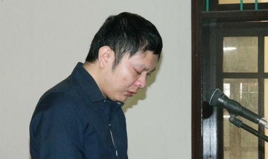 Bị cáo Nguyễn Văn Tiến tại  phiên tòa