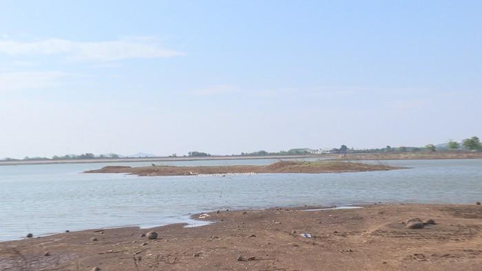 Hồ Ea Kao nơi xảy ra vụ việc. Ảnh ANTĐ