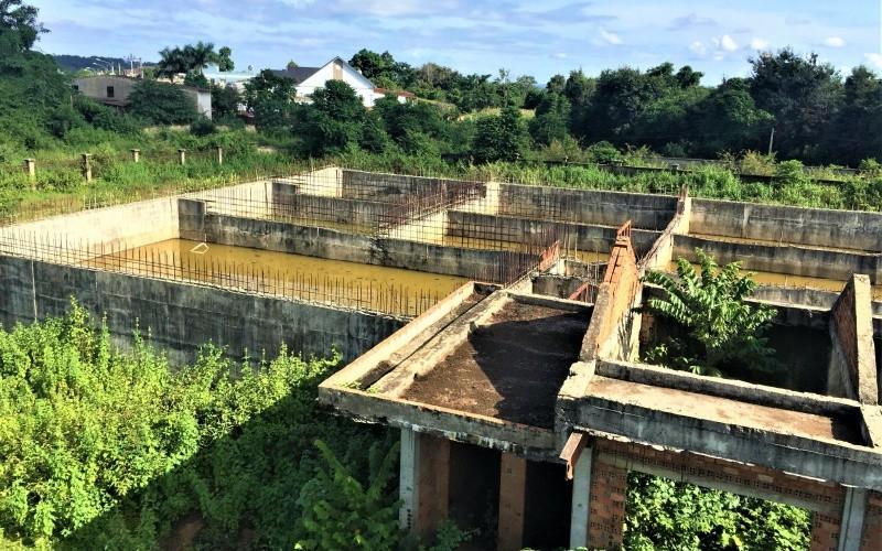 Dự án Khu xử lý nước thải tập trung Cụm Công nghiệp Tân An 1, 2 (TP Buôn Ma Thuột) bị bỏ hoang nhiều năm nay.