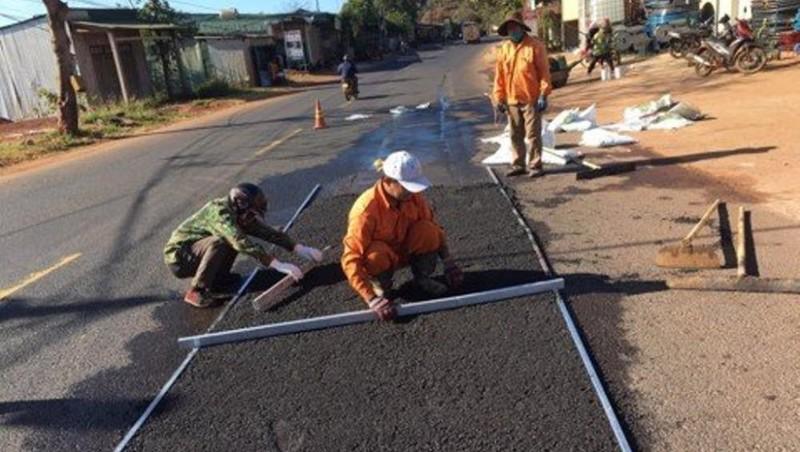 Thu hồi gần 400 triệu đồng từ các sai phạm trong quản lý bảo trì đường bộ ở Đắk Nông