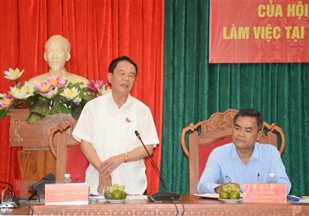 Thượng tướng Võ Trọng Việt trong buổi làm việc với Ủy ban Bầu cử tỉnh Đắk Lắk. Ảnh: TTXVN