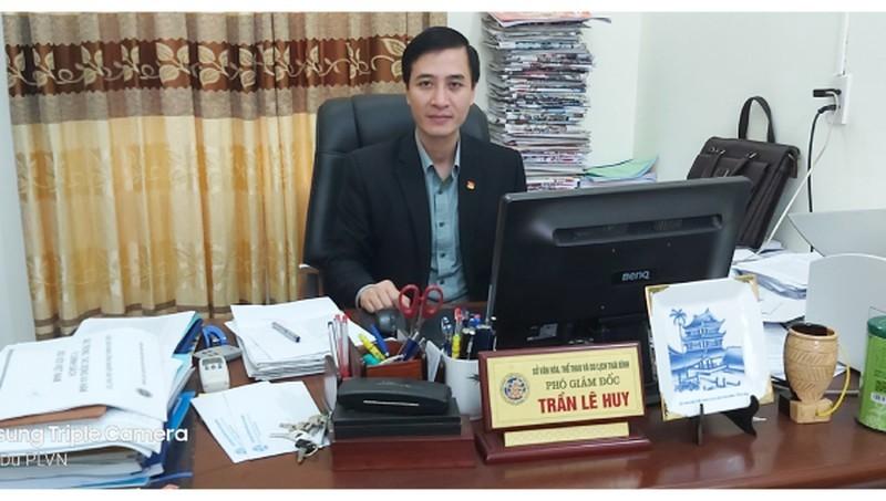 Ông Trần Lê Huy, Phó Giám đốc Sở Văn hóa, Thể thao & Du lịch được luân chuyển đến giữ chức vụ Phó Bí thư thường trực Thành ủy Thái Bình, nhiệm kỳ 2020-2025. Ảnh: Trung Du.