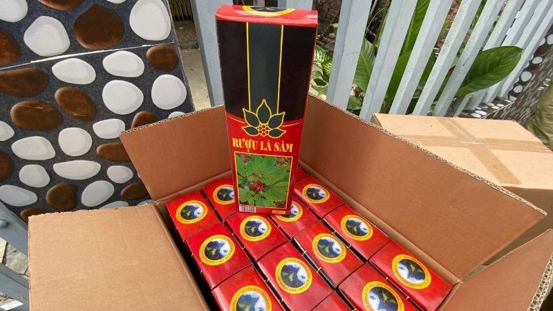 Phát hiện hàng trăm chai rượu giả nhãn hiệu rượu sâm Ngọc Linh Kon Tum K5