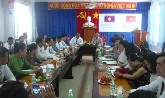 Sở Tư pháp tỉnh Chăm Pa Sắc làm việc với Sở Tư pháp Khánh Hòa
