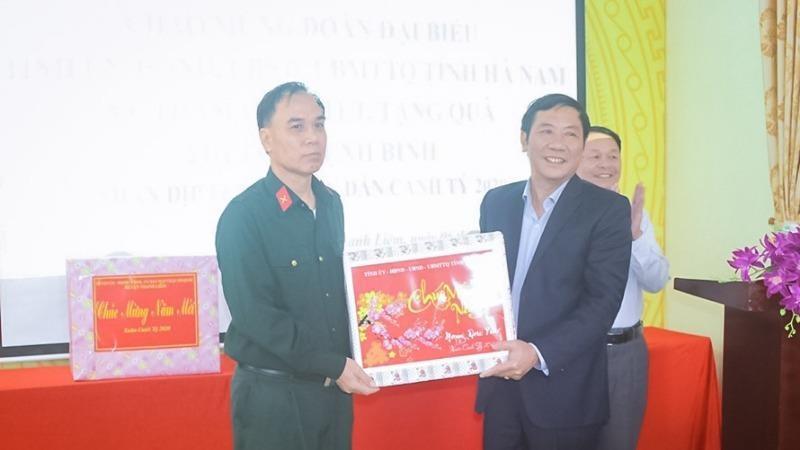 Lãnh đạo tỉnh Hà Nam thăm, tặng quà cho thương binh, bệnh binh nhân dịp Tết Canh Tý 2020