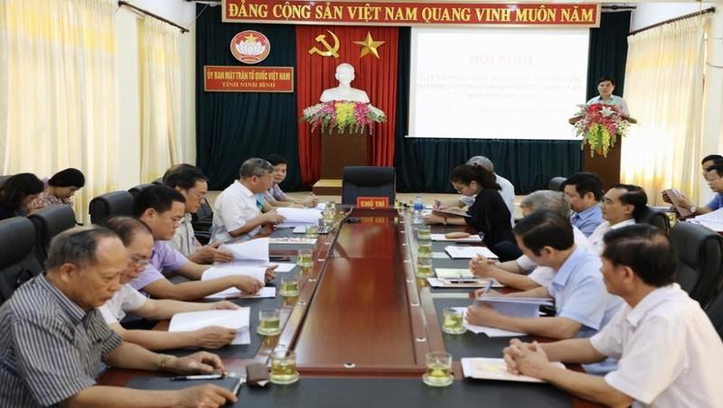 Tích cực tham gia đóng góp ý kiến vào Dự thảo báo cáo chính trị Đại hội Đảng bộ tỉnh Ninh Bình