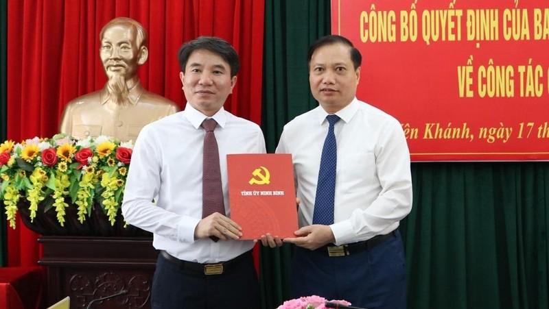 Công bố Quyết định của Ban Thường vụ Tỉnh ủy Ninh Bình về công tác cán bộ