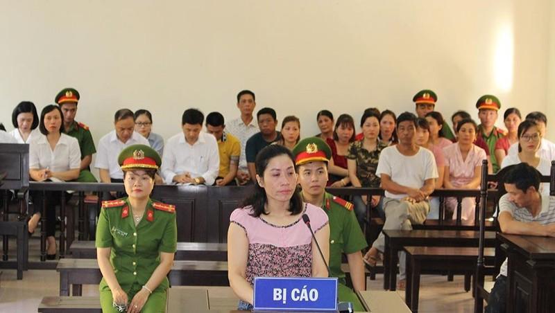 Bị cáo Nguyễn Thị Lai tại phiên tòa.