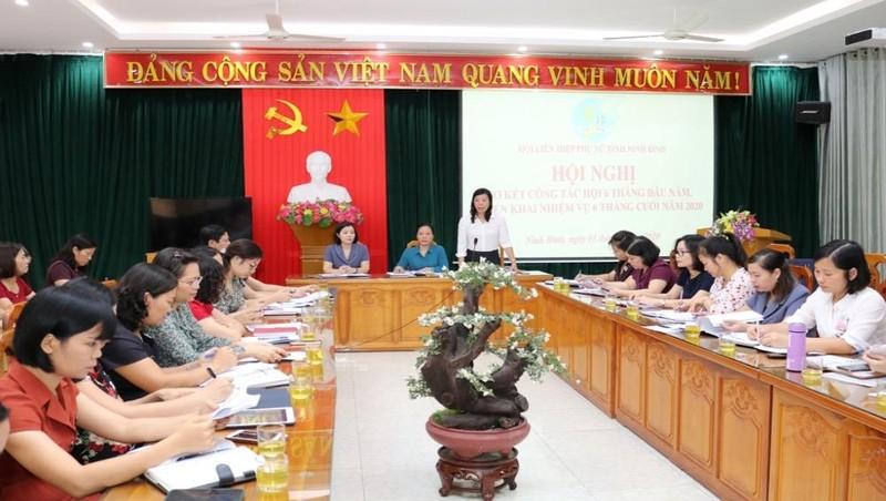 Hội nghị sơ kết công tác 6 tháng đầu năm, triển khai nhiệm vụ trọng tâm 6 tháng cuối năm của Hội LHPN tỉnh Ninh Bình.