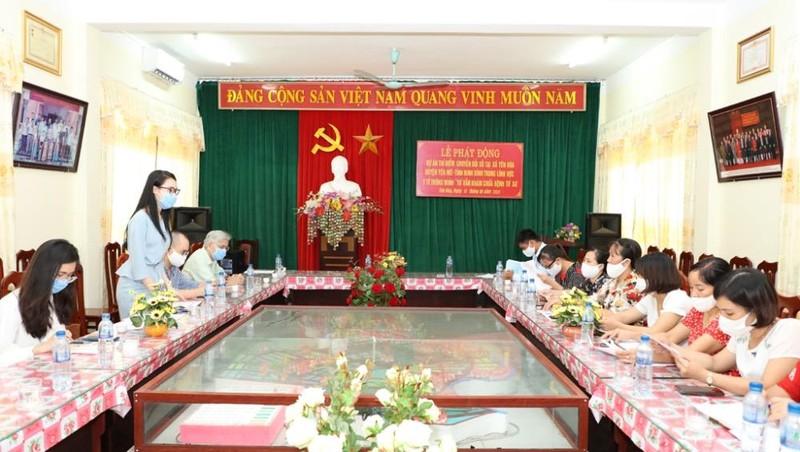 Chuyển đổi số, người Ninh Bình được tư vấn khám chữa bệnh từ xa