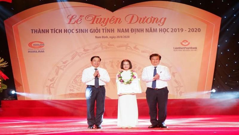 Nam Định tuyên dương học sinh giỏi tiêu biểu năm học 2019 - 2020