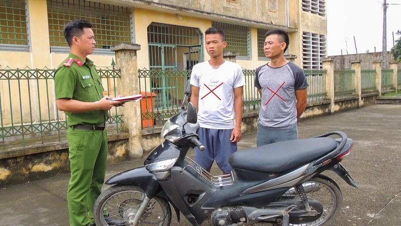 Hà Nam: Tạm giữ 02 đối tượng trộm xe máy liên tỉnh