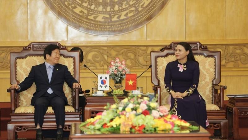 Đoàn đại biểu cấp cao Quốc hội Hàn Quốc thăm và làm việc tại Ninh Bình
