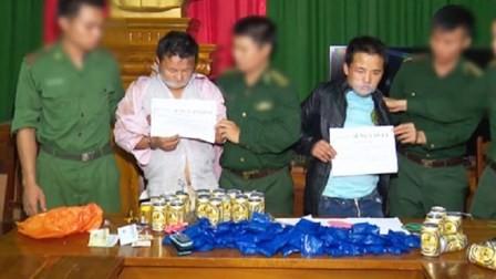 Ngụy trang 26.000 viên ma túy trong các lon bia để vận chuyển