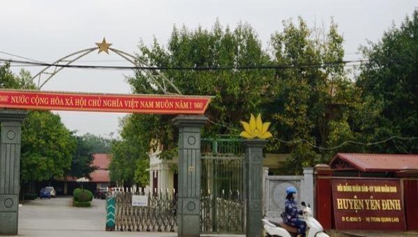 """Đang nợ nần """"chồng chất"""" huyện Yên Định vẫn xin xây tượng đài 20 tỷ đồng"""