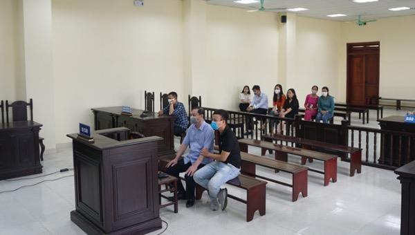 Xét xử cựu Trưởng Công an thành phố Thanh Hóa nhận hối lộ