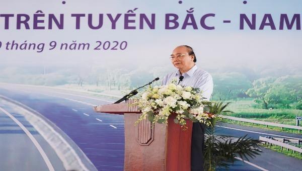 Thủ tướng Nguyễn Xuân Phúc phát biểu tại lễ khởi công