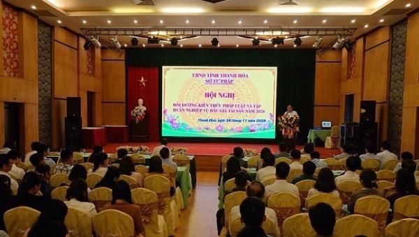Thanh Hoá: Nâng cao kiến thức pháp luật và nghiệp vụ đấu giá tài sản