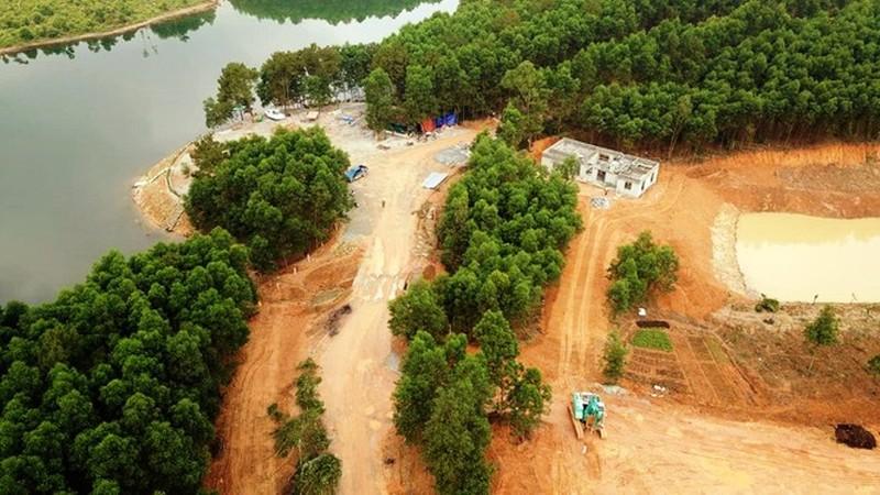 """Xử phạt chủ """"khu sinh thái mọc lên trên đất lâm nghiệp"""" tại huyện Can Lộc (Hà Tĩnh)"""