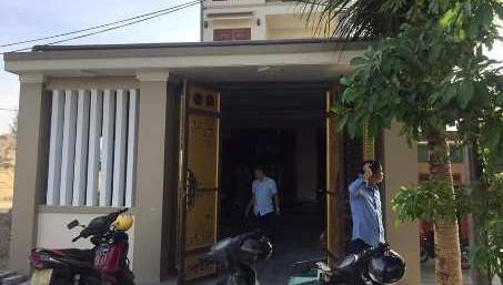 Phòng ngủ bốc cháy giữa đêm, 4 người bị bỏng nặng