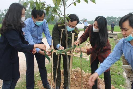 Hà Tĩnh phát động trồng hơn 950.000 cây xanh