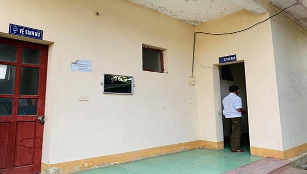 Bí thư Huyện ủy Hương Sơn nói gì khi đề xuất xin 1 tỷ đồng sửa nhà vệ sinh?