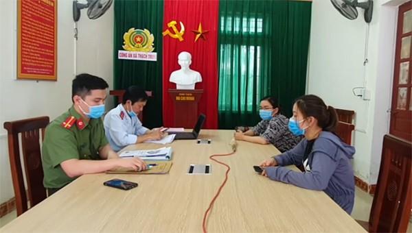 Công an TP Hà Tĩnh phối hợp Phòng PA03 Công an tỉnh và Thanh tra Sở TT&TT Hà Tĩnh làm việc với 2 chủ tài khoản facebook viết và chia sẻ thông tin sai sự thật.