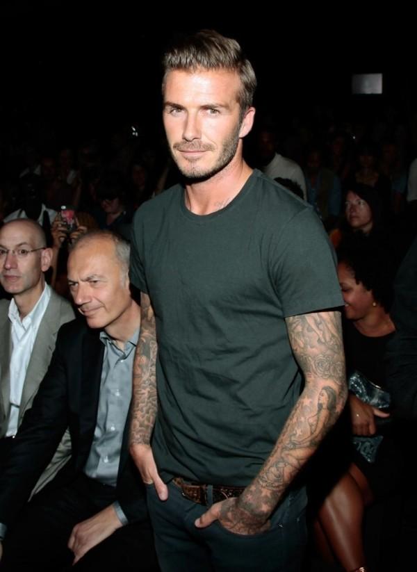 """Những bộ cánh thời trang """"đốn tim"""" phái đẹp của David Beckham 12"""