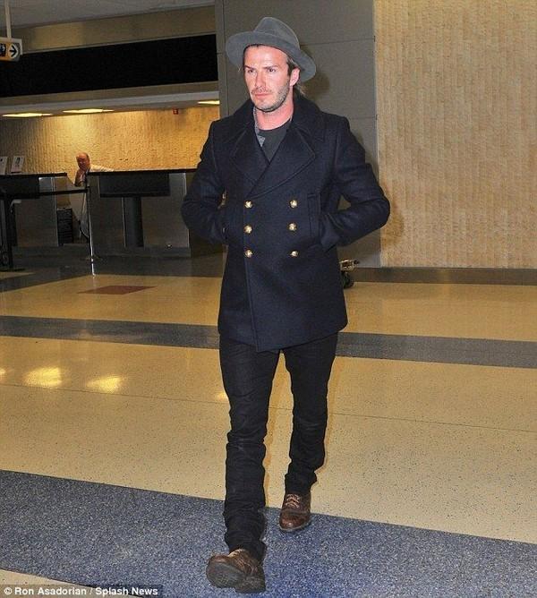 """Những bộ cánh thời trang """"đốn tim"""" phái đẹp của David Beckham 27"""