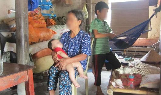 Nghẹn lòng cảnh sống 5 cô gái trong gia đình nhiễm chất độc da cam